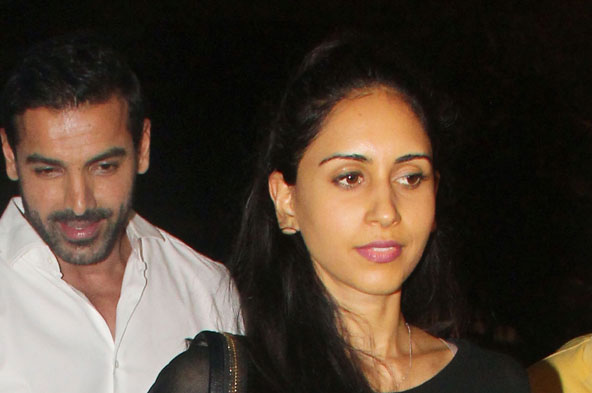 What said John Abraham about his marriage broken news