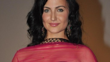 Actress Elli Avram to play sex worker in film Naam Shabana