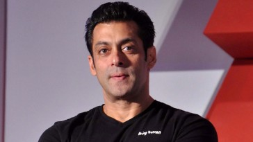 who order war should be given guns says Salman Khan