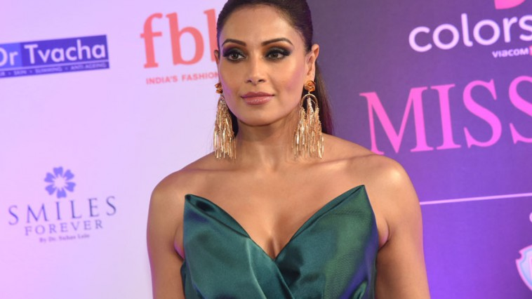 I am not Pregnant says Bipasha Basu