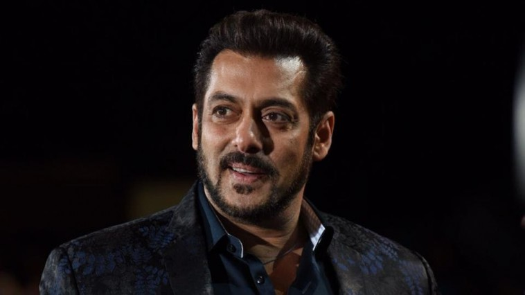Which actor is replacement of Amitabh Bachchan revealed Salman Khan